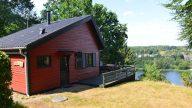 01 Bryrup - Huset med udsigt over søen og Bryrup by.